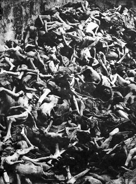holocaust00_1.jpg