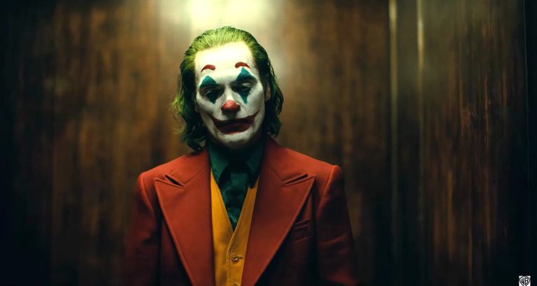 the-joker-joaquin-phoenix-1554298205.jpg